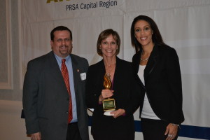 Photo of Carolyn Jones, Albany Business Review, receiving Outstanding Communicator Award at the 6th Annual PRSA Capital Region Empire Awards.